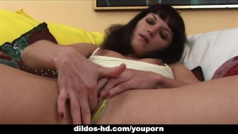Sexy Viktory massive masturbation