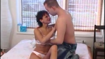 horny MILF needs anal fisting