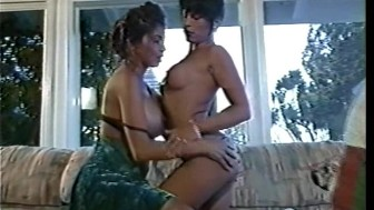 Hot Tight Asses 4 - Veronica Castillo and Beatrice Valle, Mal O'Ree