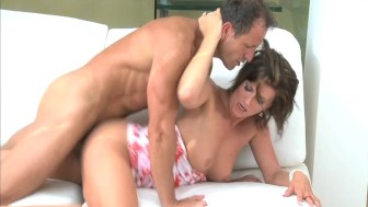 MOM Hot mature lady fucks deeply with passion