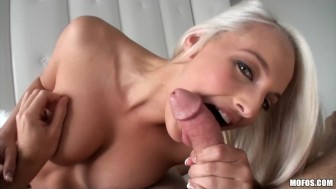 Stunning blonde amateur Macy Lee makes a sex tape