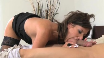 MOM Working MILF wife gets a creampie