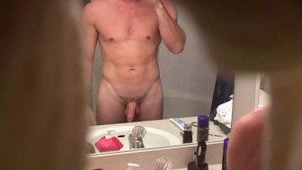 Hunky roomie caught wanking - XP Videos