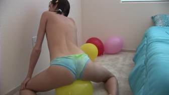 Sophia Plays With Some Balloons - Sologirlcontent