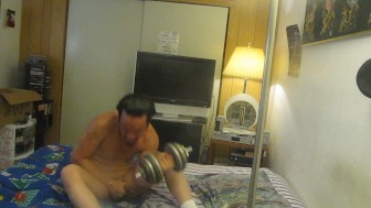 AMAZING THIS THE 1ST TO SUCK HIS OWN COCK WHILE HOLDING A DUMBELL?
