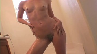 Hairy And Oiled Up - Sologirlcontent