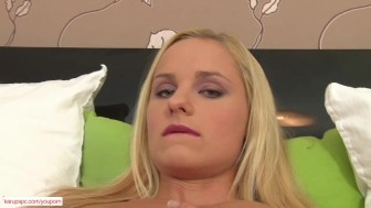 Horny Babe Missy Fingers Trimmed Pussy