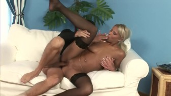The maid has been a naughty girl - Playvision