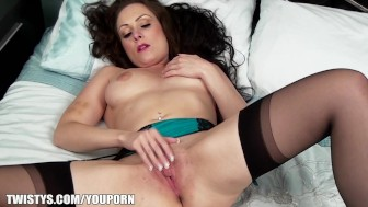 Lonely MILF Sophia Delane makes a solo video while home alone