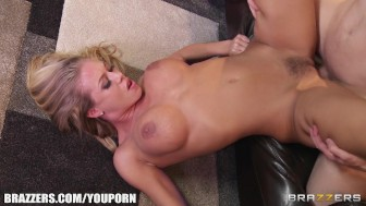 Freshly showered blonde bombshell has her wet pussy penetrated