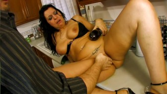 Spanish milf slut wants cock - Kemaco Studio