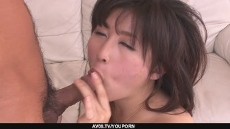 Teen Kyouka Mizusawa´s busty asian blowjob leads to sex