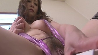 Miyama Ranko Does Her Business In Lingerie