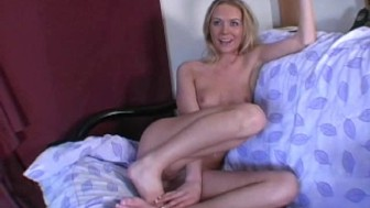 Sexy amateur blonde jerking dick 1