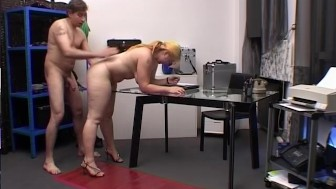 Blonde babe gets drilled at work by her boss - Telsev