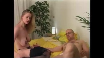Young couple enjoys fucking - Telsev