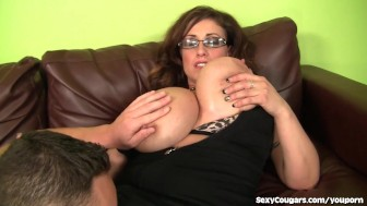 busty milf goes after younger dude
