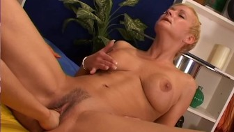 Horny lesbian gets her pussy licked and fisted