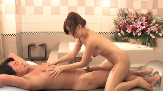 Soapy massage - Dreamroom Productions