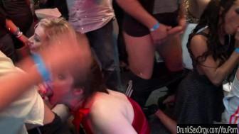 Bi club slags having public sex orgy