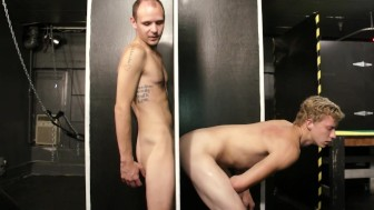 Gay gloryhole - Factory Video