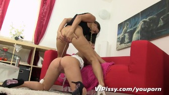 Kinky girlfriends enjoy piss cocktails