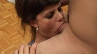Seductive secretary squeezes two large peckers in her mouth