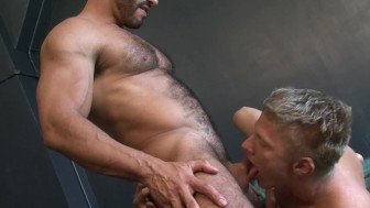Muscular gays suck and fuck each other on cam - Lucas Entertainment