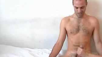 Testing his cock : Hamid get shaked his huge cock by me !