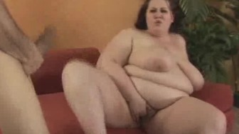 BBW Mastubrates And Gives Nasty Head