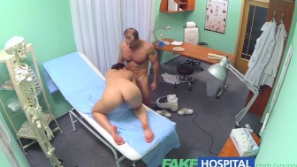 FakeHospital Gorgeous cleaning lady is unable to resist a man in uniform