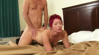 Amateur girlfriend gets fucked twice with facial cumshot