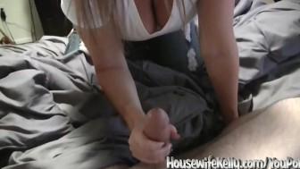 Cock Stroke Kelly will make you Jizz