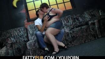 Hot fat girl jumps on his boner
