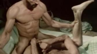 Al Parker Fucks Bob Blount in INCHES (1979)
