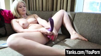 Amateur Blonde Summer Toying Her Pussy