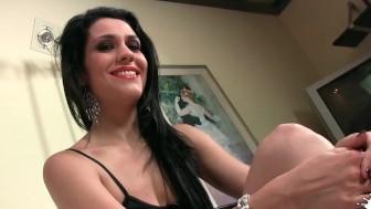 LECHE 69 Interview with Samia Duarte