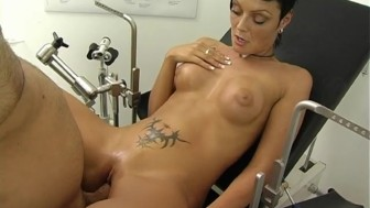 Dirty Clinic Sex With Beautiful Sandra