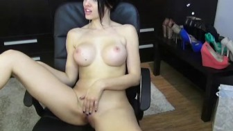Thin and shapely chick skype