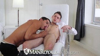 Bobby Clark pounds Duncan Black tight ass