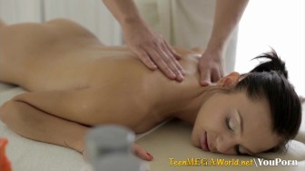 Fantastic masseuse makes her client horny