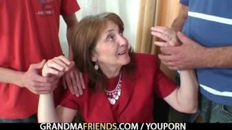 Bossy old lady takes two cocks at once