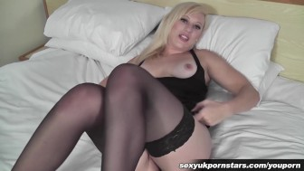 British blonde Axa Jay plays with her pussy