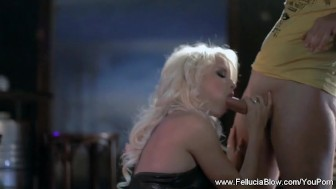 Blowjob After Work From Fellucia