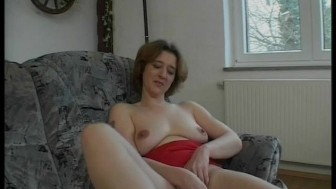 Milf fucks herself with a candle - Julia Reaves