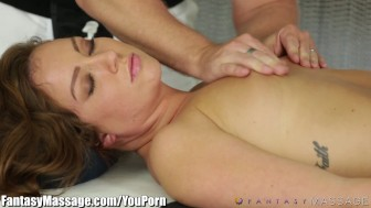 FantasyMassage Maddy O'Reilly gets a House Call