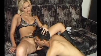 She Loves The Cock - Julia Reaves