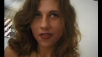 Sexy brunette masturbating - Julia Reaves