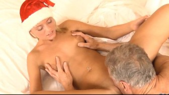 Teen in sexy x-mas dress tempts old man to fuck her