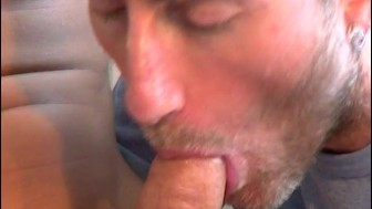 A sexy innocent sport guy gets sucked by a guy in spite of him !